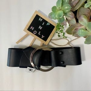 CHICO'S WIDE LEATHER BELT STRETCH BACK BLACK OS